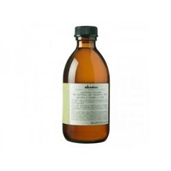 """Шампунь """"Davines Alchemic Shampoo for natural and coloured hair (golden) Алхимик"""" 280мл для натуральных и окрашенных волос (золотой) - фото 10943"""