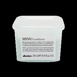 """Кондиционер """"Davines Essential Haircare MINU Conditioner"""" 250мл защитный для сохранения цвета волос - фото 12439"""