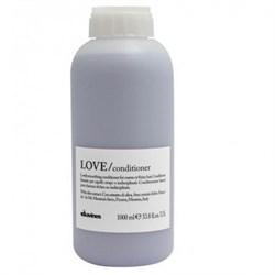 "Кондиционер ""Davines Essential Haircare LOVE Lovely smoothing conditioner"" 1000мл разглаживающий завиток - фото 12698"